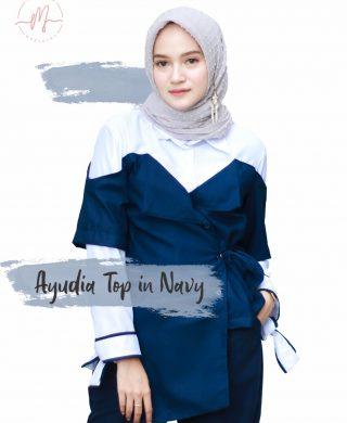 Ayudia Top in Navy